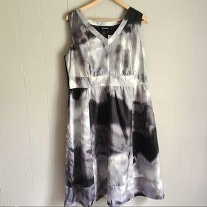 AVENUE • Gray 100% SILK TIE DYE DRESS Size 16